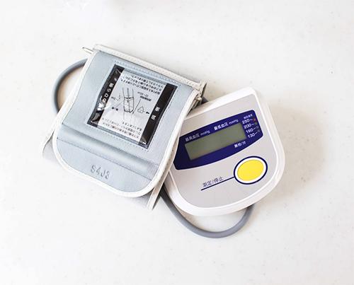 血圧測定,電子血圧計